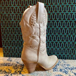 Very Volatile Western Boot with Stud Details